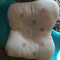 Отдается в дар Подушка для младенца.