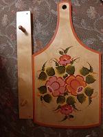 Отдается в дар Доска деревянная разделочная с вешалкой