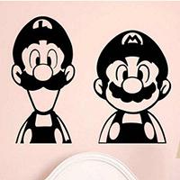 Отдается в дар Виниловая наклейка Супер Марио
