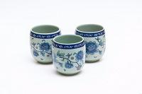Отдается в дар Небольшие чашки в китайском стиле