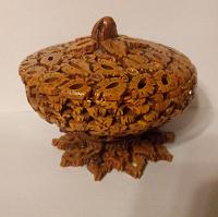 Отдается в дар ваза-шкатулка из ореха