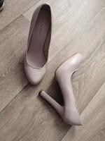 Отдается в дар Туфли 34 размер