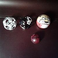 Отдается в дар шарики-головоломки и трансформеры
