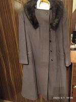 Отдается в дар Пальто теплое ( размер 50-52 )