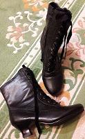 Отдается в дар милые осенние ботинки 35,5-36
