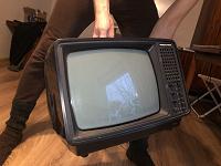 Отдается в дар Телевизор ретро Юность 406д