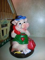 Отдается в дар Статуэтка «Свинка»