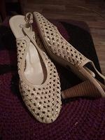 Отдается в дар Обувь для лета