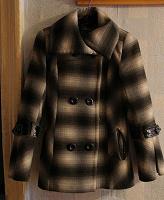 Отдается в дар Пальто (44 размер)