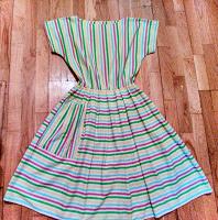 Отдается в дар Платье в ретро стиле 46