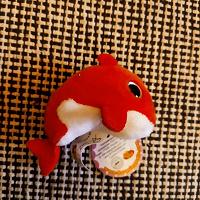 Отдается в дар маленький дельфинчик, новый