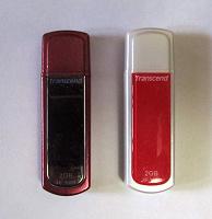 Отдается в дар 2 флешки Transcend по 2 Gb