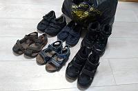 Отдается в дар Обувь 29-31 для мальчика и одежда б/у