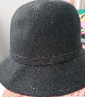 Отдается в дар Шляпка фетр 57, черная