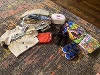 Отдается в дар Детские вещи, обувь, книги и игры