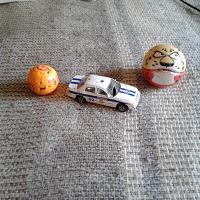 Отдается в дар дарю шарики-трансформеры и машинку