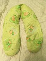 Отдается в дар подушка для беременных; круг baby swimmer; куча детской одежды (трикотаж) до года