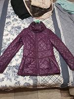 Отдается в дар Женская куртка Адидас