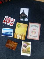 Отдается в дар Наклейки BILLA и мини открытки для радости и