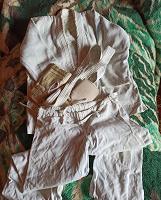 Отдается в дар Борцовка, брюки, перчатки на ребенка