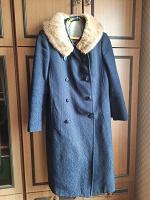 Отдается в дар Зимнее женское пальто М, винтаж