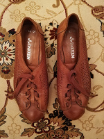 Отдается в дар Коричневые ботинки