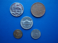 Отдается в дар Монеты Чехии, США, Швеции