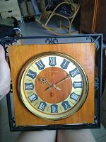 Отдается в дар Часы «янтарь»