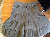 Отдается в дар Вельветовая юбка р.44