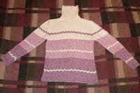 Отдается в дар свитер теплый р-р 46