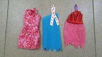 Отдается в дар Одежда для куклы Барби