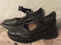 Отдается в дар Туфли черные для девочки