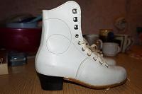 Отдается в дар Ботинки для коньков, 22.5 см (абсолютно новые)