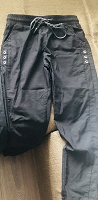 Отдается в дар чёрные штаны для девочки (10-12л)