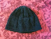 Отдается в дар Теплая шапка на 7-9 лет