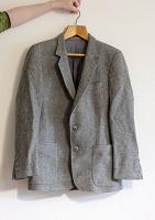 Отдается в дар Шерстяной пиджак
