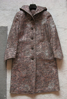 Отдается в дар Пальто шерстяное с капюшоном (деми)