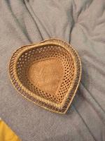 Отдается в дар Корзинка для конфет или хлеба