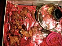 Отдается в дар Мелкие предметы и украшения на реставрацию