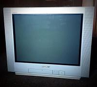Отдается в дар Телевизор сломавшийся ламповый SONY