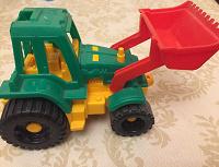 Отдается в дар Машинка-экскаватор для мальчика