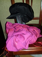 Отдается в дар Тёплая кепка и шарф, спасибо дарителям