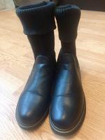 Отдается в дар Стильные женские ботинки 41 размера