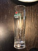 Отдается в дар Стакан пивной Heineken