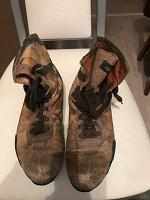 Отдается в дар Ботинки кожаные женские б/у берцы 39 размер