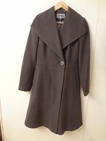 Отдается в дар демисезонное коричневое пальто Декка 42 р-ра