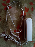Отдается в дар Телефон проводной трубка.