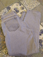 Отдается в дар женские джинсы Calvin Klein 44