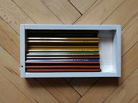 Отдается в дар Коробка с карандашами