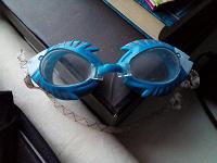 Отдается в дар Очки детские плавательные